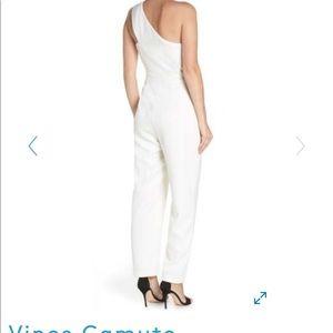Vince Camuto Jumpsuit Size 4